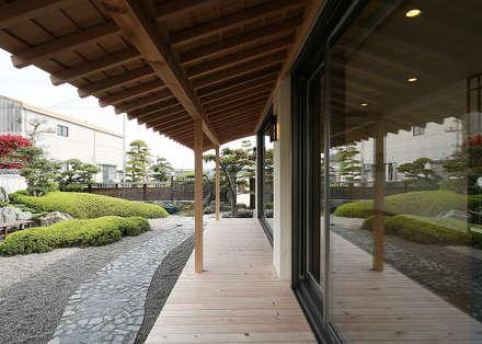 Terrace by 有限会社 TEAMWORKS