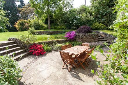 Rear Garden: rustic Garden by Barnes Walker Ltd