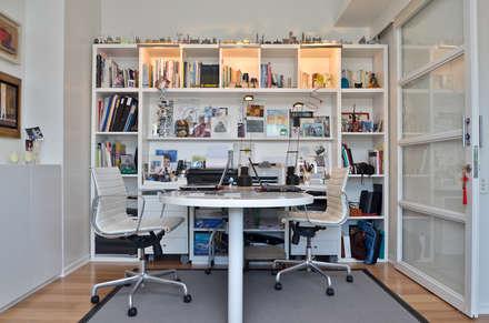 Piso en Palermo I: Estudios y oficinas de estilo moderno por GUTMAN+LEHRER ARQUITECTAS