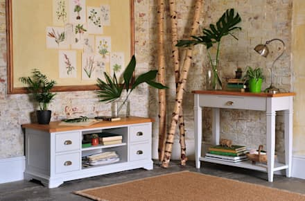 Boston Light Grey Console Table and TV Unit: country Living room by The Cotswold Company