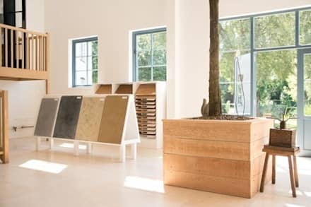 Cotes Mill Showroom:  Walls by Floors of Stone Ltd