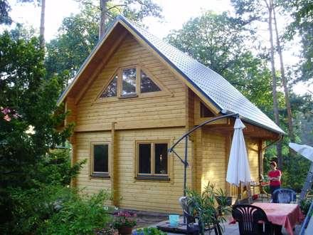 Ferienhaus Fjord Rückseite: rustikale Häuser von THULE Blockhaus GmbH