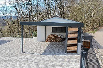 garagen schuppen bilder ideen inspirationen und bau homify. Black Bedroom Furniture Sets. Home Design Ideas