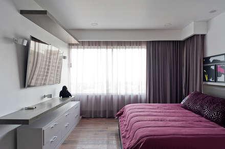 DEPARTAMENTO EN CUERNAVACA: Recámaras de estilo moderno por HO arquitectura de interiores