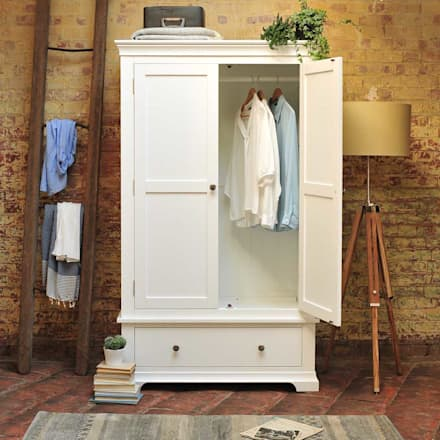 Chantilly White Double Wardrobe: country Bedroom by The Cotswold Company
