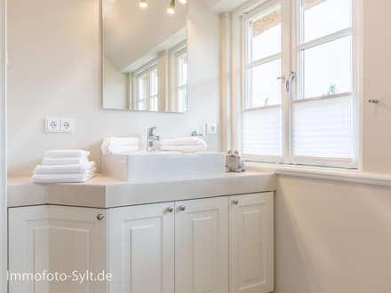 badezimmer ideen einrichtung & bilder im landhausstil | homify, Badezimmer