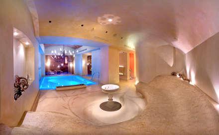 centri benessere SPA: Spa in stile in stile Eclettico di vigo mosaici s.n.c