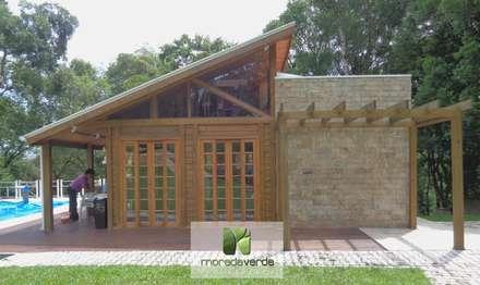 Edícula: Casas campestres por Moradaverde Arquitetura
