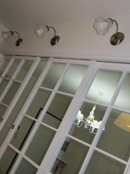 Progetto appartamento in Peschiera Borromeo - 2013: Cucina in stile in stile Coloniale di Cozzi Arch. Mauro