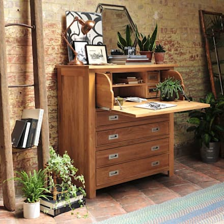 Light Oak Hidden Bureau: country Study/office by The Cotswold Company
