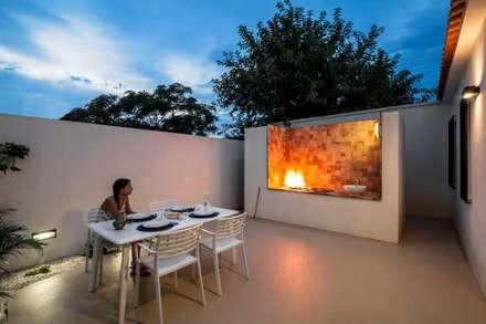 La casita del mar: Casas de estilo moderno de Selecta HOME