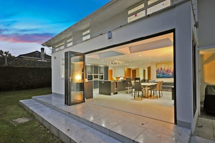 Ince Road, Burwood Park:  Terrace by Concept Eight Architects