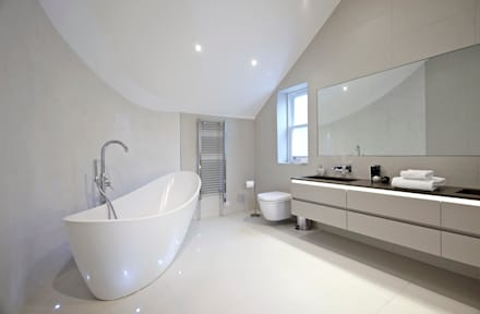 Woodville Gardens: modern Bathroom by Concept Eight Architects