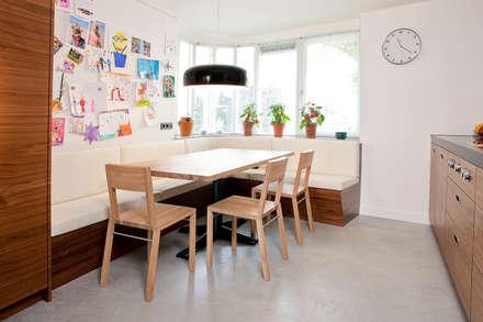 eethoek: moderne Eetkamer door Egbert Duijn architect+