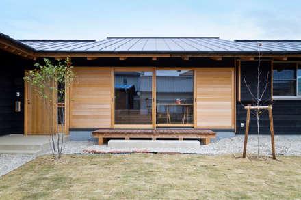 ระเบียง, นอกชาน by shu建築設計事務所