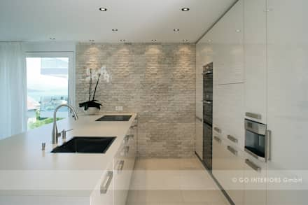 Apartment Kilchberg: moderne Küche von Go Interiors GmbH