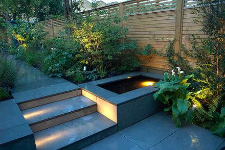 modern Garden by Josh Ward Garden Design