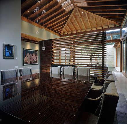 Comedor: Comedores de estilo mediterraneo por JR Arquitectos