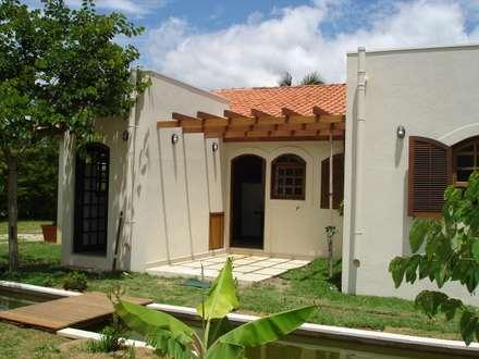 منازل تنفيذ Mina Arquitetura & Construções