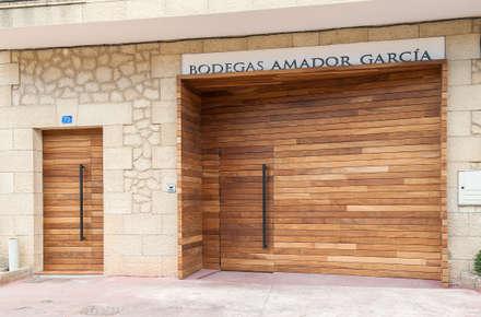 REFORMA BODEGAS AMADOR GARCÍA: Bodegas de estilo escandinavo de rdl arquitectura
