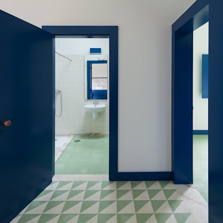 Casa Caseiros: Casas de banho campestres por SAMF Arquitectos