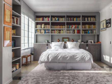 Rue Metman: Chambre de style de style Classique par DZ Decoration
