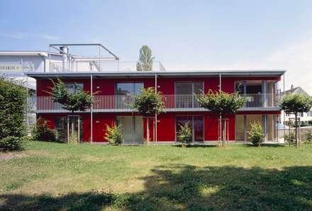Einfamilienhaus Meilen: moderne Häuser von Hornberger Architekten AG
