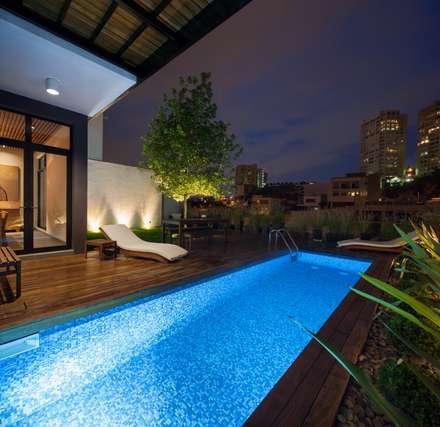 modern Pool by LGZ Taller de arquitectura