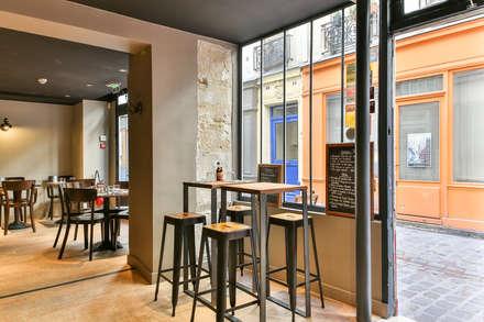 MANGE DEBOUT: Salle à manger de style de style Industriel par metal brut