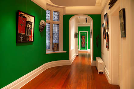 Corridor & hallway by Rebecca James Studio