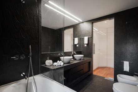 Apartamento São Caetano: Casas de banho minimalistas por Vanessa Santos Silva | Arquiteta