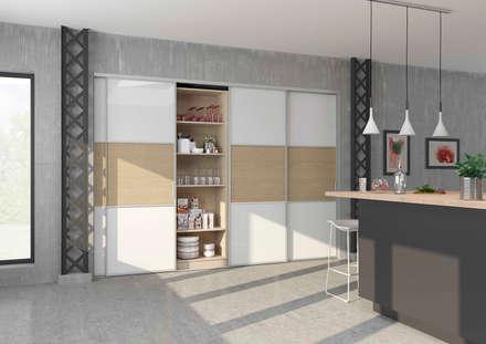 Porte de placard coulissante sur-mesure - cuisine: Cuisine de style de style Scandinave par Centimetre.com