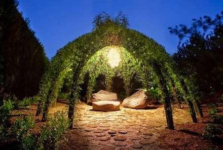 Gazebo: Giardino in stile in stile Rustico di Dotto Francesco consulting Green