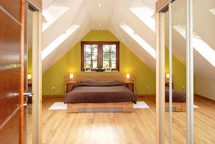 Realizacja projektu Azalia 3: styl , w kategorii Sypialnia zaprojektowany przez BIURO PROJEKTOWE MTM STYL