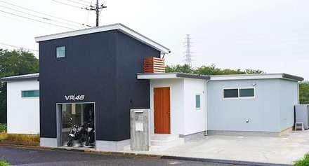 コートヤードとバイクガレージのある家: tai_tai STUDIOが手掛けた家です。