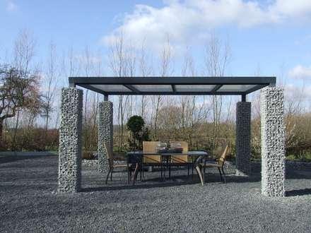 Korven en haarden: moderne Tuin door Gardeco