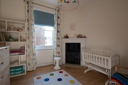 8 Dunollie Road: modern Nursery/kid's room by ATOM BUILD LTD
