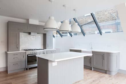 Kensal Rise House: classic Kitchen by Blankstone