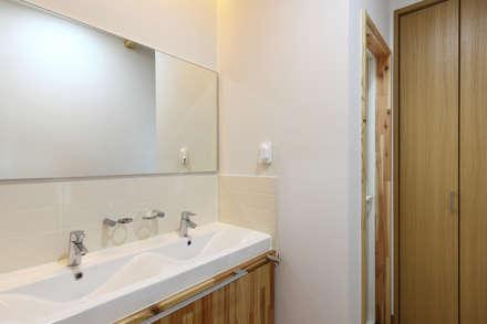 WOODSUN 인천 주택  : woodsun의  화장실