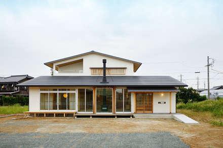 牛川町の家2014: 株式会社kotoriが手掛けた家です。