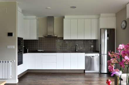Casa prefabricada Cube  75 m2 - Cocina: Cocinas de estilo moderno de Casas Cube