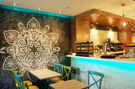 """Sushi Bar, """"Mitsushi"""": Locales gastronómicos de estilo  de Arquitectura de Interior"""