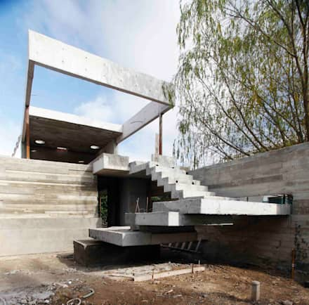 Casa Náutica: Jardines de estilo moderno por Remy Arquitectos