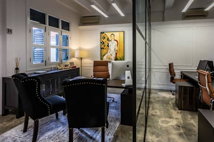 Hedge fund office: eclectic Study/office by elliot James Pte Ltd