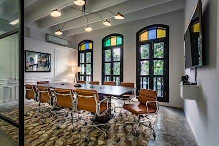 Board room: eclectic Study/office by elliot James Pte Ltd