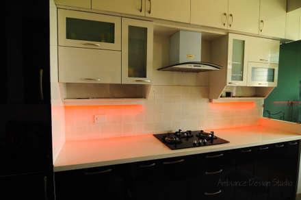 Mr Siddhart Shandilya: minimalistic Kitchen by Ambiance Design Studio