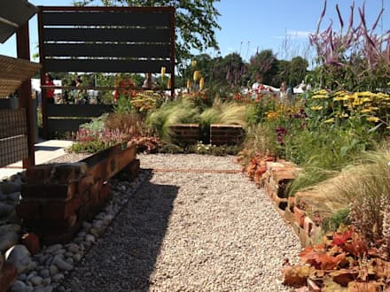 Brownfield Beauty - RHS Tatton Park 2012:  Commercial Spaces by Aralia
