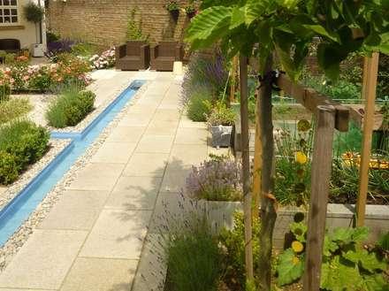 Church Mill Grange: asian Garden by Aralia