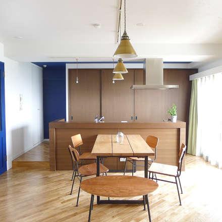 ダイニング: 株式会社K's建築事務所が手掛けたキッチンです。
