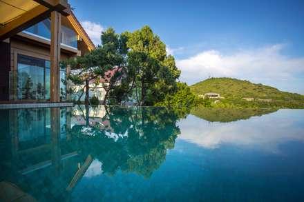 Банный дом : Бассейн в . Автор – Pavelchik Design